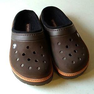 men's crocs lined clogs